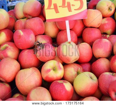 Red apple sales in greengrocery and greengrocery