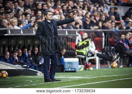 VALENCIA, SPAIN - FEBRUARY 19: Ernesto Valverde during La Liga soccer match between Valencia CF and CD Athletic Club Bilbao at Mestalla Stadium on February 19, 2017 in Valencia, Spain