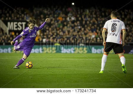 VALENCIA, SPAIN - FEBRUARY 22: (L) Luka Modric during La Liga soccer match between Valencia CF and Real Madrid at Mestalla Stadium on February 22, 2017 in Valencia, Spain