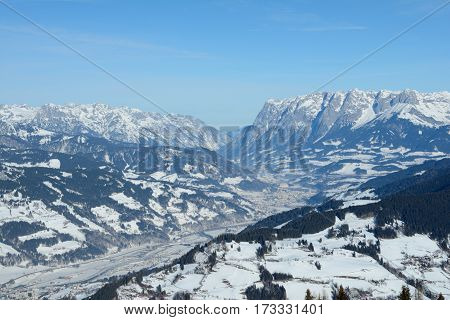 Valley and mountains nearby Sankt Johann im Pongau in Austria
