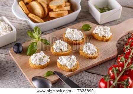 Bruschetta With Cottage Cheese