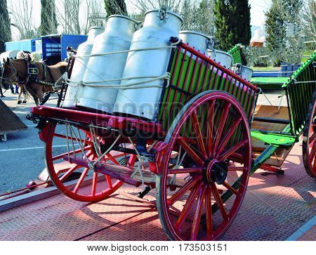 Transport of milk. Provision of charcoal with cart in ancient times.