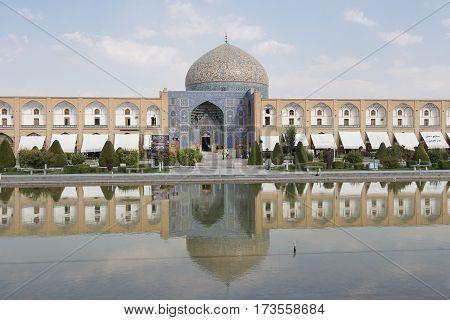 ISFAHAN, IRAN - OCTOBER 10, 2016: Lotfullah Mosque on Meydan-e Imam on October 10, 2016 in Isfahan, Iran.