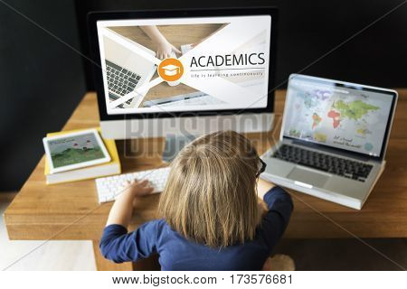 Distance learning online education webpage