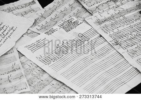 Renaissance Lute Or Vihuela Tablature