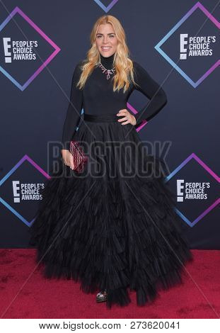 LOS ANGELES - NOV 11:  Busy Philipps arrives for the 2018 People's Choice Awards on November 11, 2018 in Santa Monica, CA