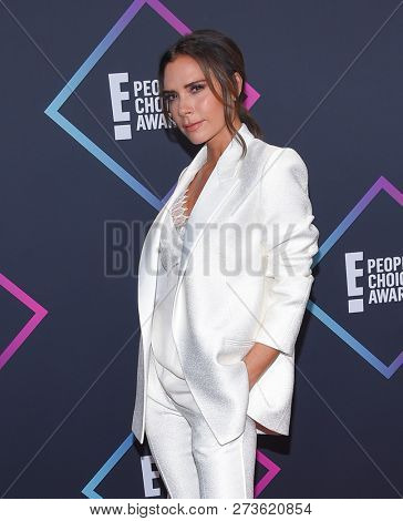 LOS ANGELES - NOV 11:  Victoria Beckham arrives for the 2018 People's Choice Awards on November 11, 2018 in Santa Monica, CA