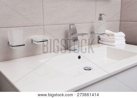 Epmty Minimalistic Interior Background, Bathroom Of Modern Apartment, Closeup Of Bathtub In Light Co