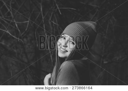 Small Girl Smile In Red Hat, Fashion. Child Smiling With Long Blond Hair Outdoor, Beauty. Kid Fashio