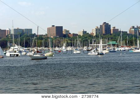 Milwaukee Sailboats On Lake