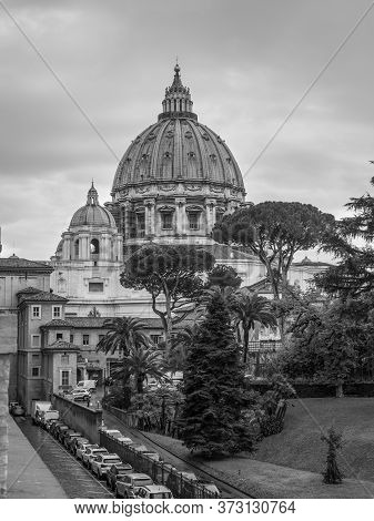 Vatican City State - November 8, 2019: The Saint Peter's Basilica In Vatican City On A Rainy Day. Bl