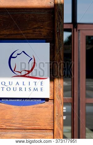 Bordeaux , Aquitaine / France - 06 20 2020 : Qualite Tourisme Logo Sign Of French State Guaranteed B