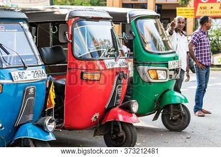 Galle, Sri Lanka - February 17th, 2019: Queue Of Tuk Tuk Drivers Waiting For Passengers At The City