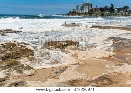 Sydney, Australia 2020-02-15 Ocean Storm Aftermath: A Mass Of Thick Foam Covered The Rocks Following