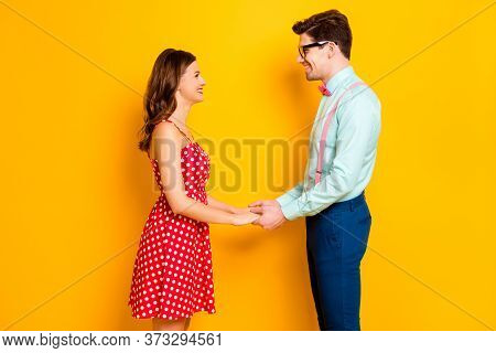 Profile Photo Of Pretty Lady Handsome Guy Prom Party Couple Photographing Hold Arms Look Eyes Wear R