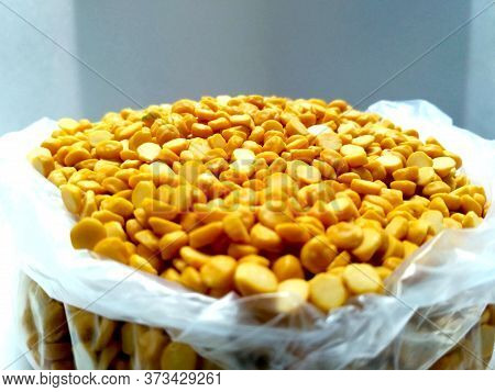 Split Chickpea Also Know As Chana Dal, Yellow Chana Split Peas, Dried Chickpea Lentils Or Toor Dal I