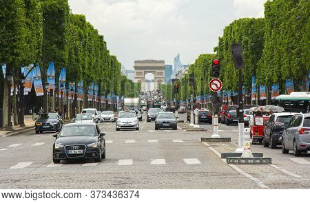 Champs Elysee Avenue And Triumphal Arch (arc De Triomphe) In Paris, France - May 2019