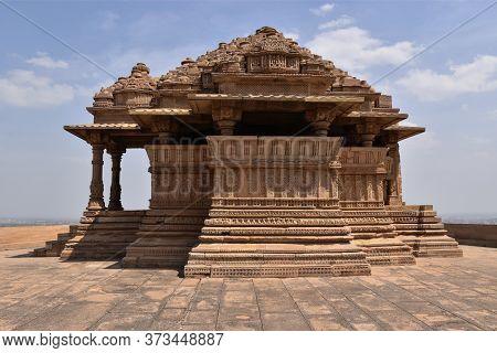 Gwalior, Madhya Pradesh/india : March 15, 2020 - Jain Temple In Gwalior Fort