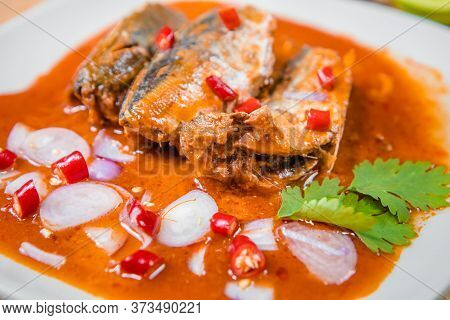 Menu Canned Sardine Salad Spicy At The End Of The Month As If Dying Life Saving Menu For Many People