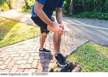 A Men He Is Currently Having A Knee Injury During His Exercise By Running In The Park, Due To Osteoa