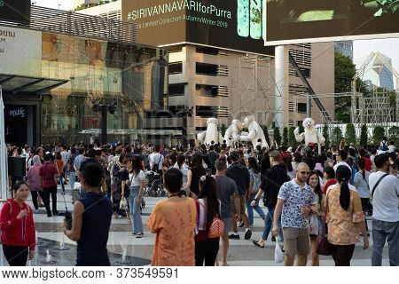 Bangkok, Thailand - 29 Dec, 2019: Local People, Passengers, Tourists And Travelers Walk All Around T
