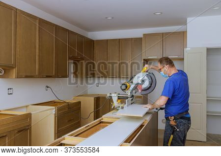Worker Protects Himself From Covid-19, Man Cut Using Circular Saw Rotating Saw Cutting Wooden Instal