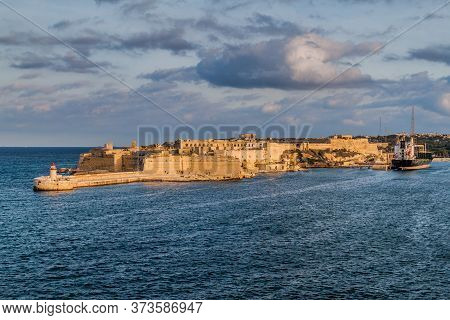 Fort Ricasoli, Bastioned Fort In Kalkara, Malta