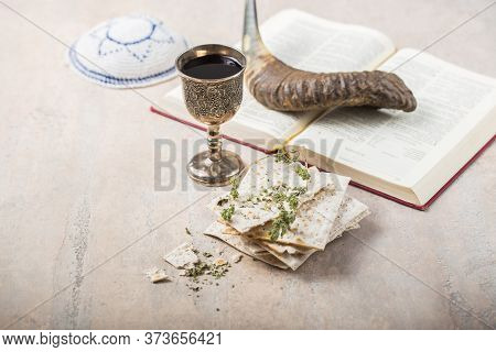 Passover, The Feast Of Unleavened Bread, Matzah  And  Kosher Red Wine Glasses Shofar (horn) With Rel