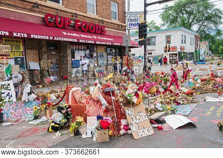 Mpls, Mn/usa - June 21, 2020: Street Corner In Neighborhood And Site Of George Floyd Arrest And Deat
