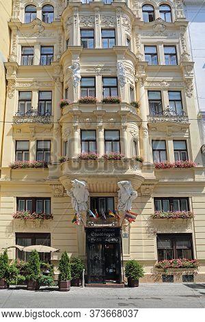Vienna, Austria - July 12, 2015: Neo Baroque Zur Wiener Staatsoper Hotel At Krugerstrabe Street In V