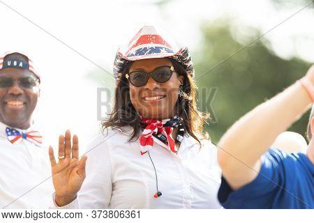 Arlington, Texas, Usa - July 4, 2019: Arlington 4th Of July Parade, Woman Wearing A Cowboy Hat With