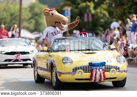 Arlington, Texas, Usa - July 4, 2019: Arlington 4th Of July Parade, Texas Rangers Captain Team Masco