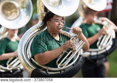Arlington, Texas, Usa - July 4, 2019: Arlington 4th Of July Parade, Members Of Arlington High School