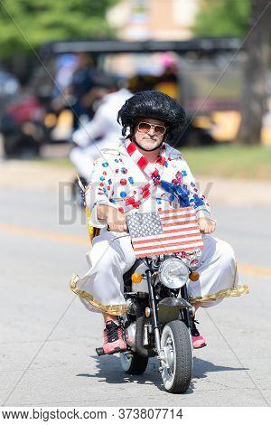 Arlington, Texas, Usa - July 4, 2019: Arlington 4th Of July Parade, Men Dress Up As Elvis, Riding Mi
