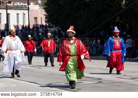 Indianapolis, Indiana, Usa - September 28, 2019: The Circle City Classic Parade, Members Of The Pers