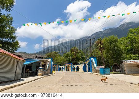 El Chorrito, Tamaulipas, Mexico - July 2, 2019: The Streets Of El Chorrito, Town In The Sierra Madre