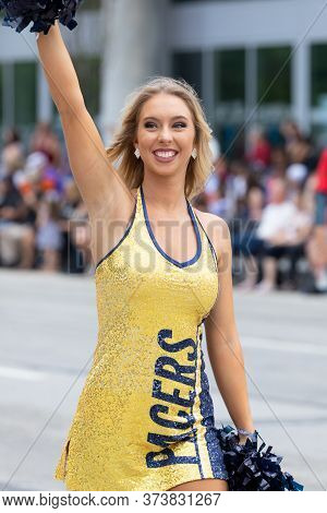 Indianapolis, Indiana, Usa - May 25, 2019: Indy 500 Parade, Cheerleader From The Pacers, Basketball