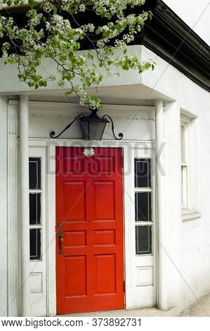 Bright Entrance To The Typical Building Of Brooklyn Heights Neighborhood, Nyc, Usa