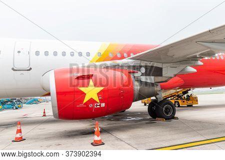Hanoi, Vietnam - May 29 ,2018 : Airbus A321 Of Vietjet Air Parking At Noi Bai International Airport