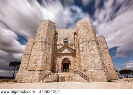 Esoteric Architecture: Castel Del Monte, Andria, Puglia, Italy