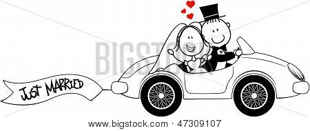wedding bride and groom on car