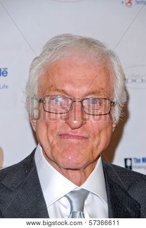 Dick Van Dyke at the Midnight Mission's 10th Annual Golden Heart Awards, Beverly Hilton Hotel, Beverly Hills, CA. 05-10-10