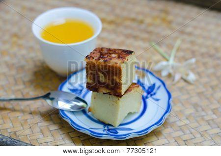 Coconut Custard Squares (khanom Maw Kaeng).