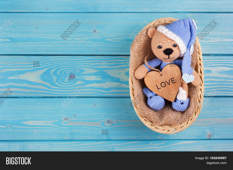Amigurumi teddy bear with a heart - Amigurumi Today - Amigurumi ... | 1096x1500