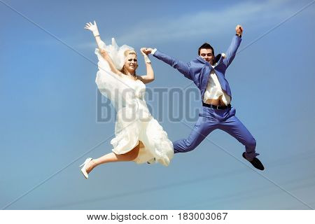Crazy Jump In The Sky In The Wedding Day