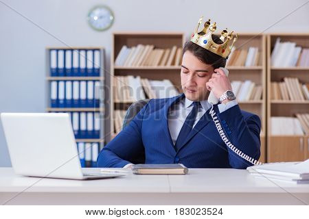 King businessman working in the office