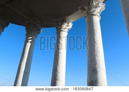 Photo of architecture macro Corinthian columns in the temple