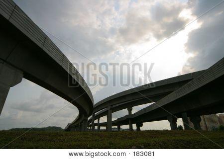 Spectacular Bridge 01