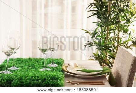 Table with beautiful setting in restaurant