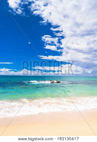 Vacation Wallpaper Heavenly Blue